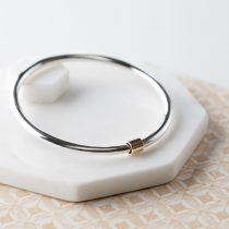 Sterling silver bangle, 9ct gold detail free to move round bangle