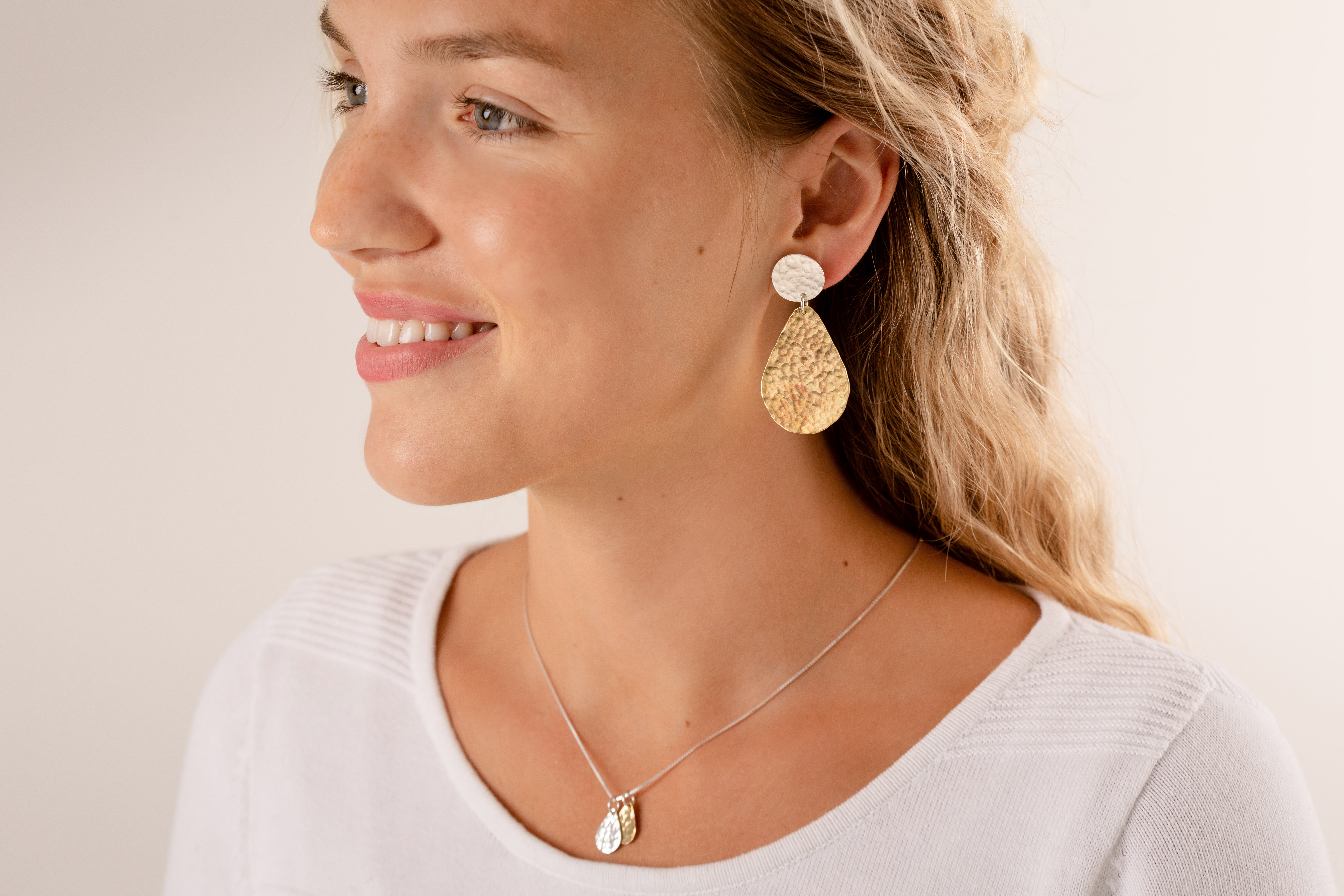 Mixed metal dainty teardrop pendant and statement earrings